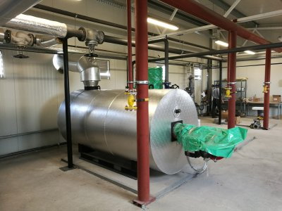 Installation of a thermal oil boiler